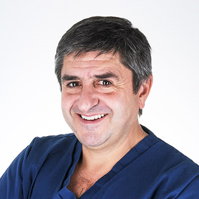 Dr. Guillermo Galván